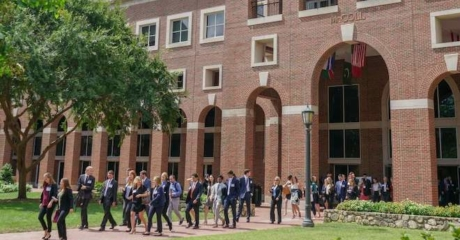 "Permalink to: ""As Economy Grinds Down, UNC Launches Undergrad-To-MBA Pipeline"""